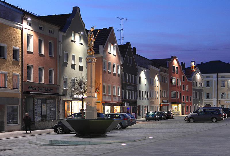 Marktplatzsanierung Tann Bauer + Graf